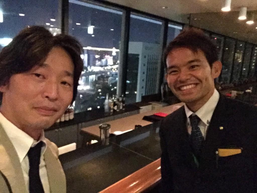 久ぶりにちゃんとネクタイして勉強会に出ました。 沖縄の伊波先生と。